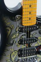 KEYTONE ST Style Paisley mit Floyd Rose & Zubehör Bild 4